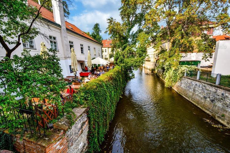 Чехия, обзорная экскурсия по Праге, река Чертовка