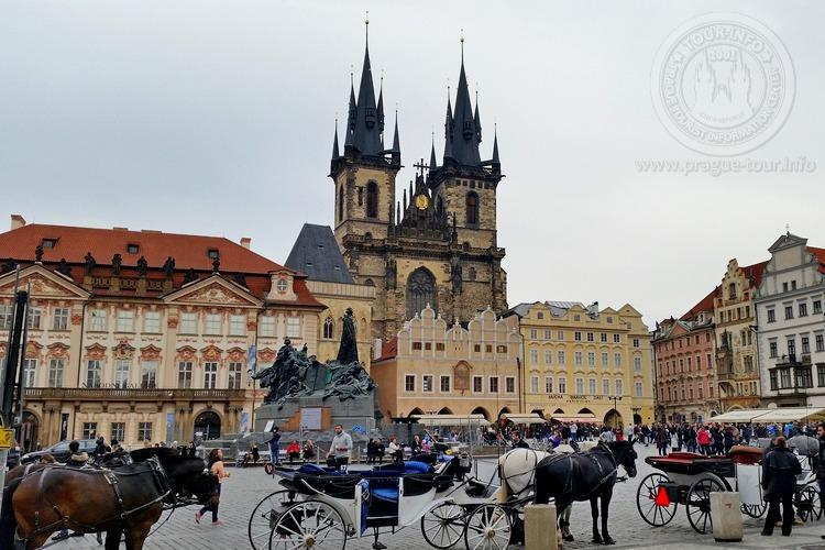 Чехия, обзорная экскурсия по Праге,  Храм пред Тыном