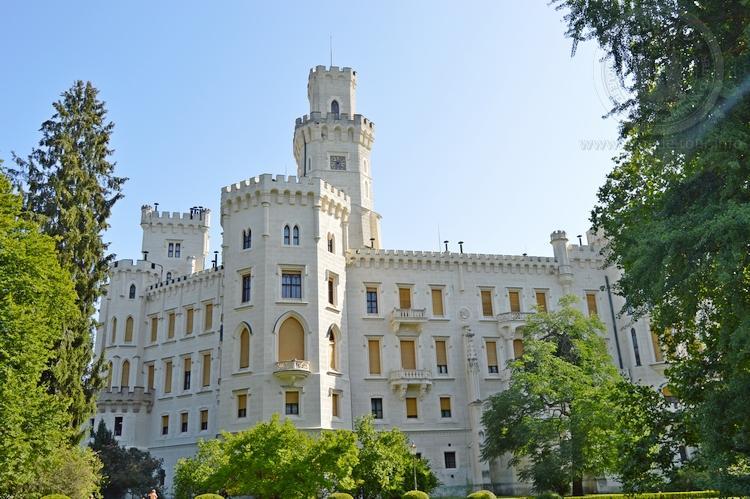 Экскурсия из Праги по Чехии. Замок Глубока над Влтавой. Вид на замок