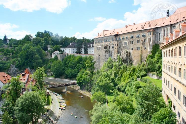 Чешский Крумлов и замок Глубока экскурсия из Праги по Чехии. Влтава и замок Крумлов