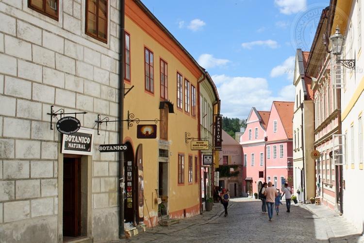 Чешский Крумлов и замок Глубока экскурсия из Праги по Чехии. Улицы города